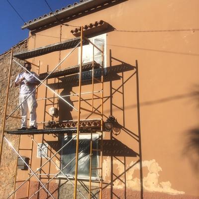 Inicio de Restauración y pintura en fachada