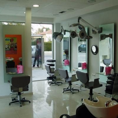 Adaptacion de Local en Bruto a peluqueria.