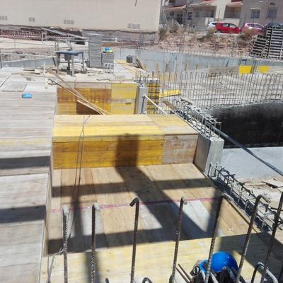 Base y estructura edificación