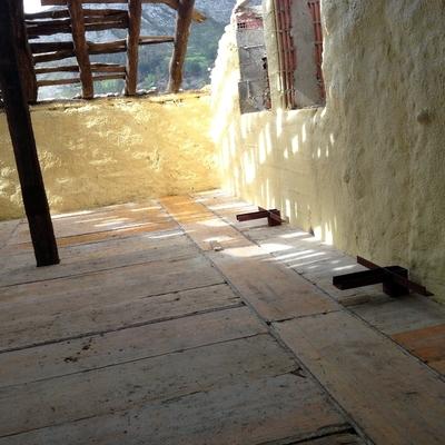 aislamiento de vivienda de piedra