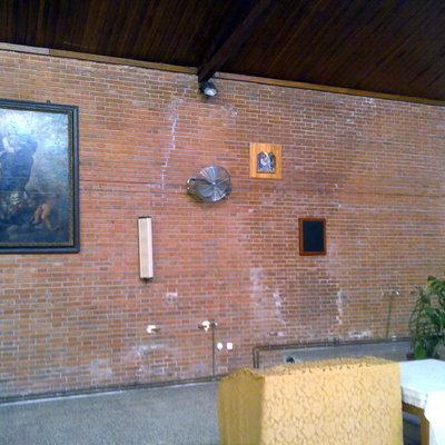 Aislamiento y decoracion iglesia Virgen del Mar