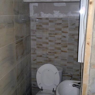 Alicatado de baño y techo de pladur.