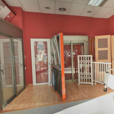 Exposicion de aluminio en nuestra tienda de Ripollet
