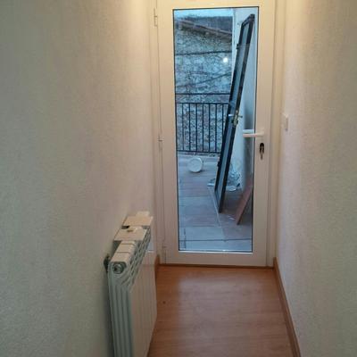 aluminio puerta de terraza, calefacción  y parquet