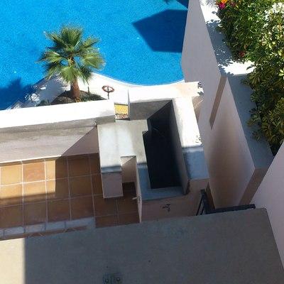 Ampliación de terraza en piscina de ático.