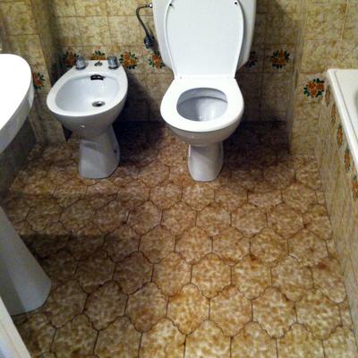 antiguo cuarto de baño