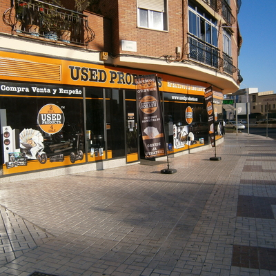 Apertura de negocio en Calle Pintor Berrobianco Meléndez (Málaga)