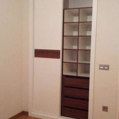 armario correderas blanco interiores madera