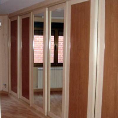 F brica de armarios a medida y f brica de muebles a medida for Reformar puertas