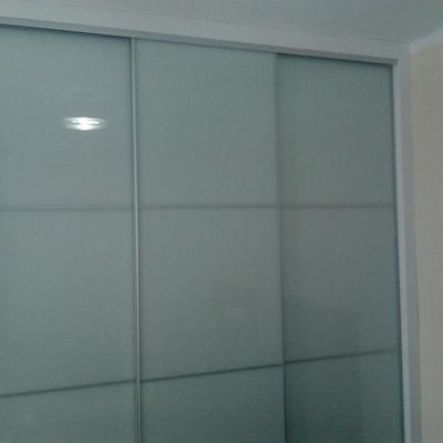 armario corredero con puertas en cristal lacovel