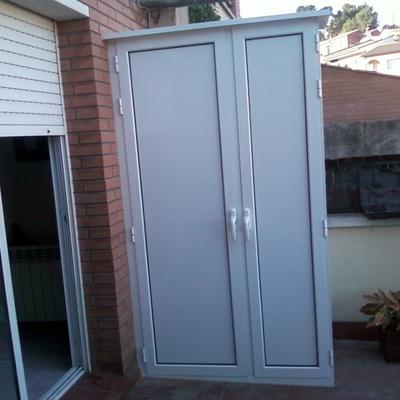 Presupuesto armario exterior aluminio en madrid online for Armario para balcon exterior