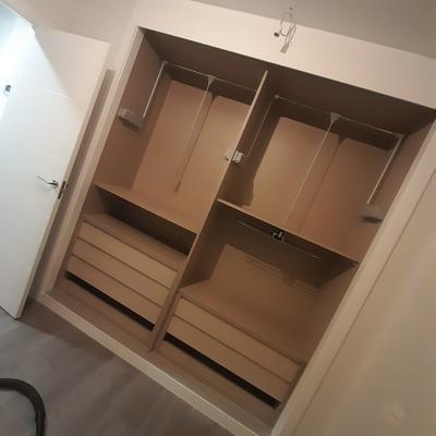 Interior armario 2 modulos