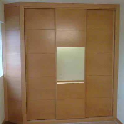 armario empotrado en esquina, dormitorio