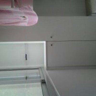 armario escobero