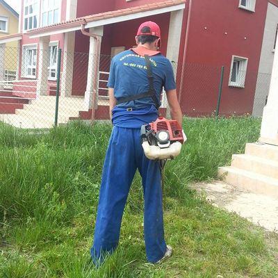 Arreglamos su jardín