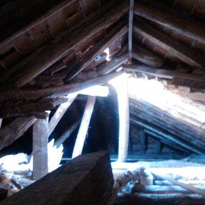 Arreglo de tejado en cortijo