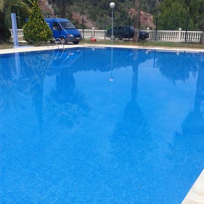 Arreglos en piscina municipal
