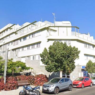 28 Viviendas, locales y garajes en Avda Hespérides, Santa Cruz de Tenerife