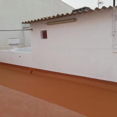 Pintura, reparación muros azotea e impermeabilización piso