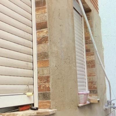 Mano de cemento a toda la pared para posterior Impermeabilizacion