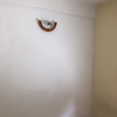Arreglo de agujero,pintado y colocada la luz 2