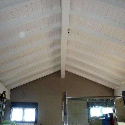 Bajo cubierta lacado en blanco