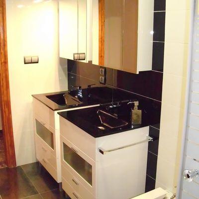Baño 2 muebles independientes