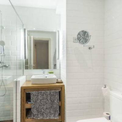 baño moderno clasico