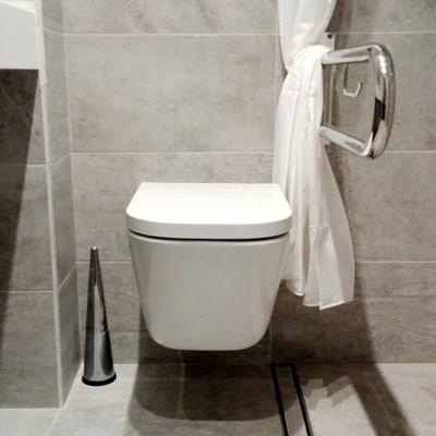 detalle de baño adaptado proyectado y ejecutado por contemporánea interiorismo