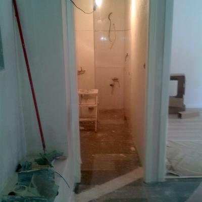 baño antiguo antes del microcemento