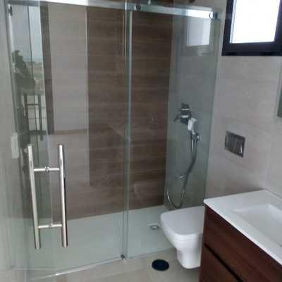 Baño completo moderno