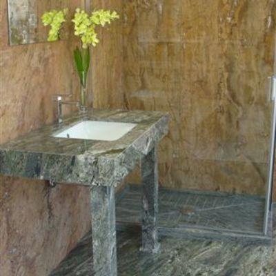 Baño en Granito