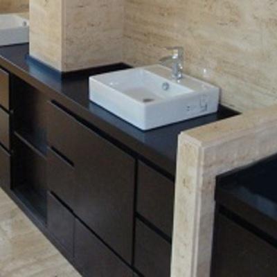 Muebles de baño a medida.