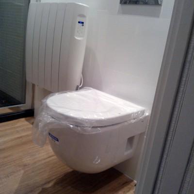 baño suspendido