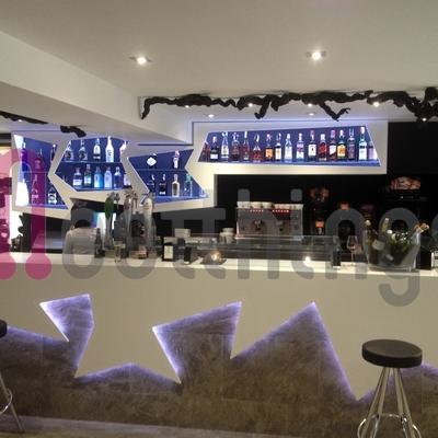 Bar iluminado con LEDs