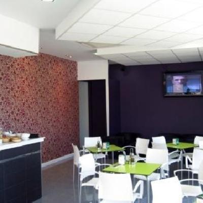 Bar Zona Café..