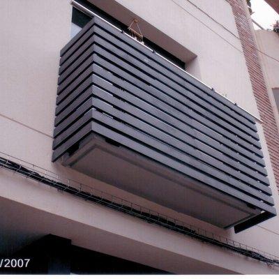 Barandilla de hierro para balcón