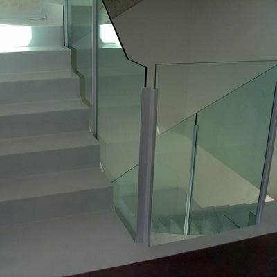 Barandilla hierro y vidrio