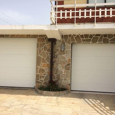 Puerta Seccional Unicanal Blanca