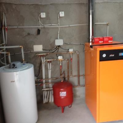 Caldera Biomasa con acumulador