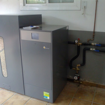 Agm instalaciones antonio gris terrassa for Calderas de pellets domusa