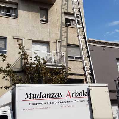 Mudanza-Calle Francesc Macià-Granollers