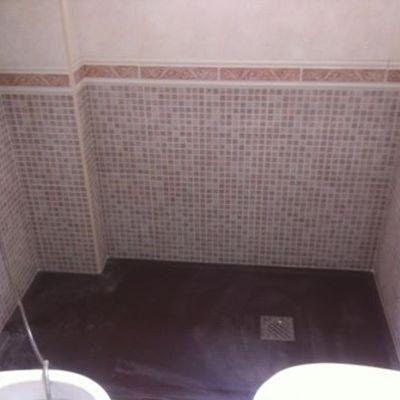Cambio bañera por plato acabado pizarra marron
