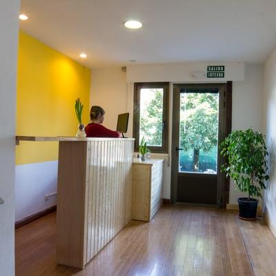 Cambio de uso y adecuación de vivienda unifamiliar como albergue turístico. Pamplona