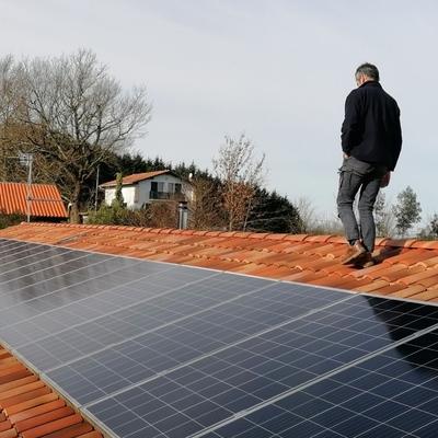 Campo fotovoltaico Iparralde