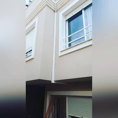 canaleta en la fachada