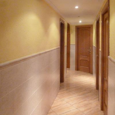 Casa particular, reforma de pasillo y suelo