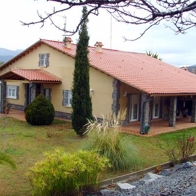 Casa señorial de estilo masia catalana