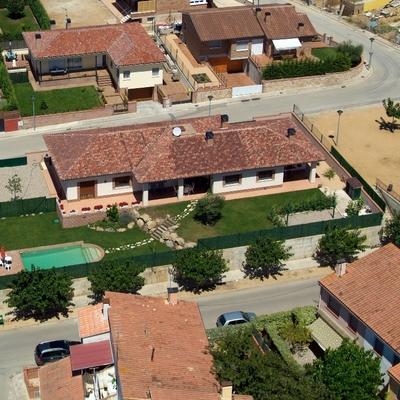 Casa unifamiliar en urbanización