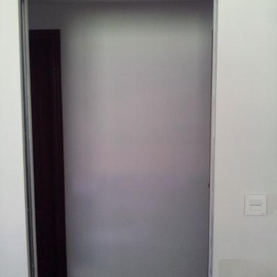 Casoneto para puerta corredera por interior de tabique.